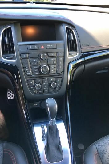 Buick Cascada 2017 interior 2