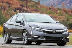 10 - 2018 Honda Clarity front angle action