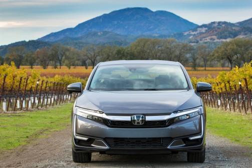 24 - 2018 Honda Clarity front