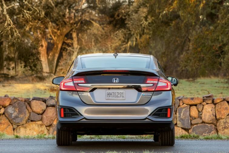 35 - 2018 Honda Clarity rear2