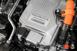 77 - 2018 Honda Clarity engine bay
