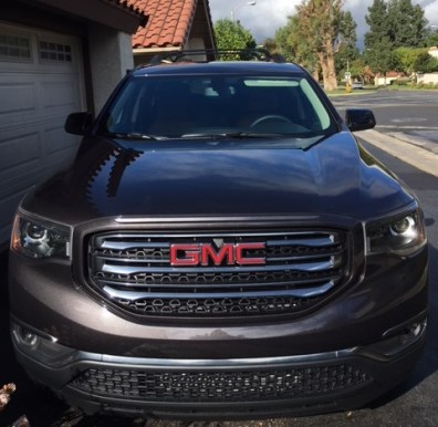 GMC Acadia all terrain front end